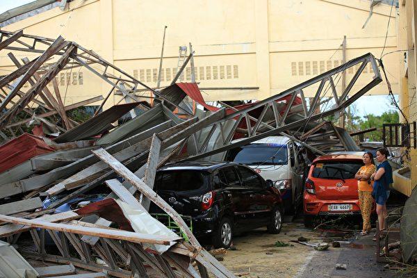菲律賓遭到2020年最強颱風 10死3失蹤