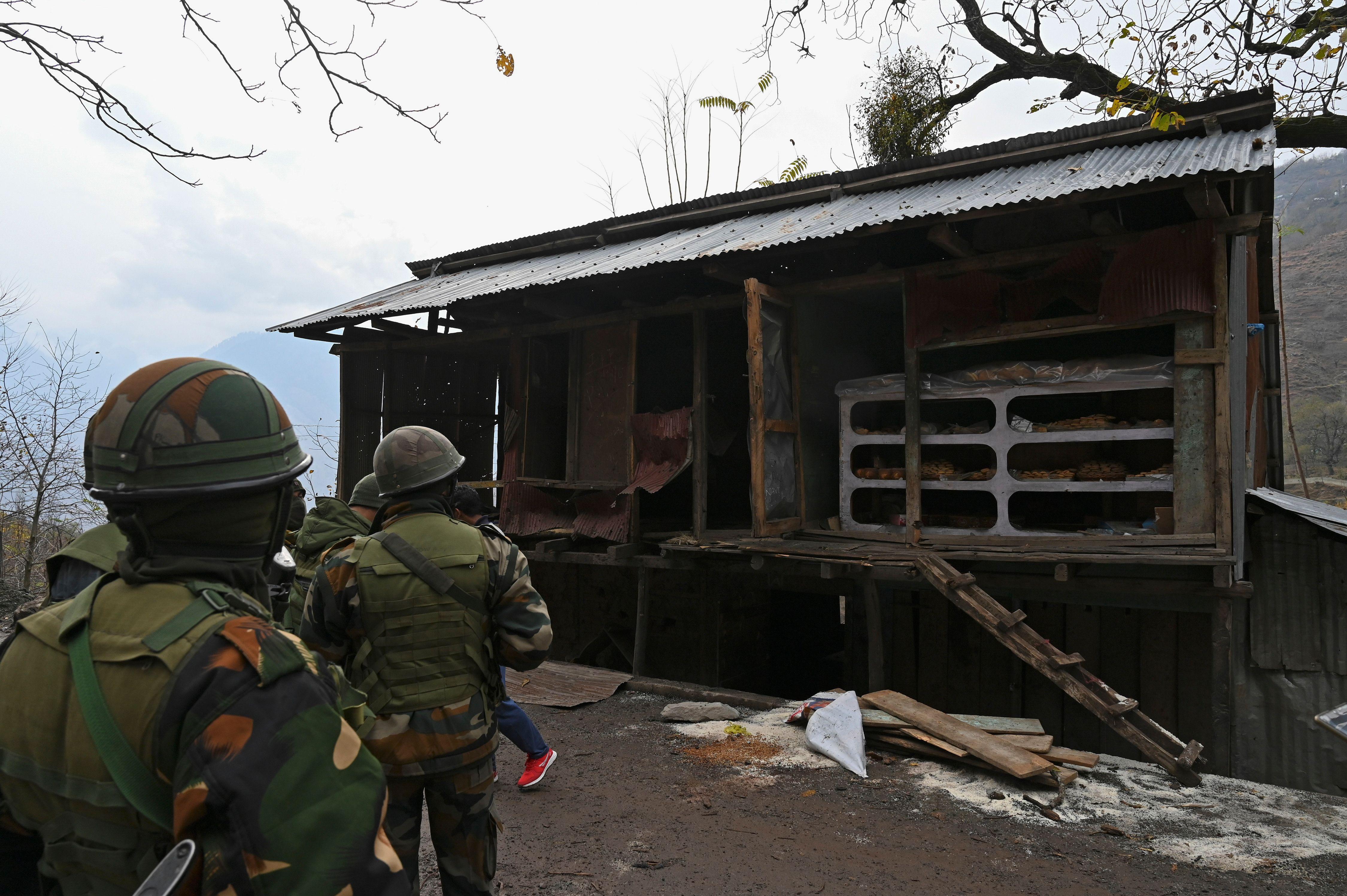 印巴在克什米爾爆發衝突 致16死多人受傷