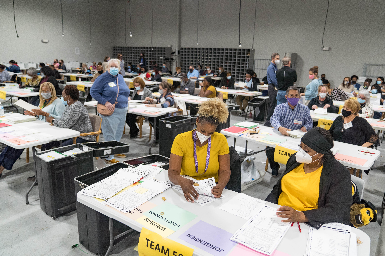 美參議員決選前夕 佐治亞州修改投票規則