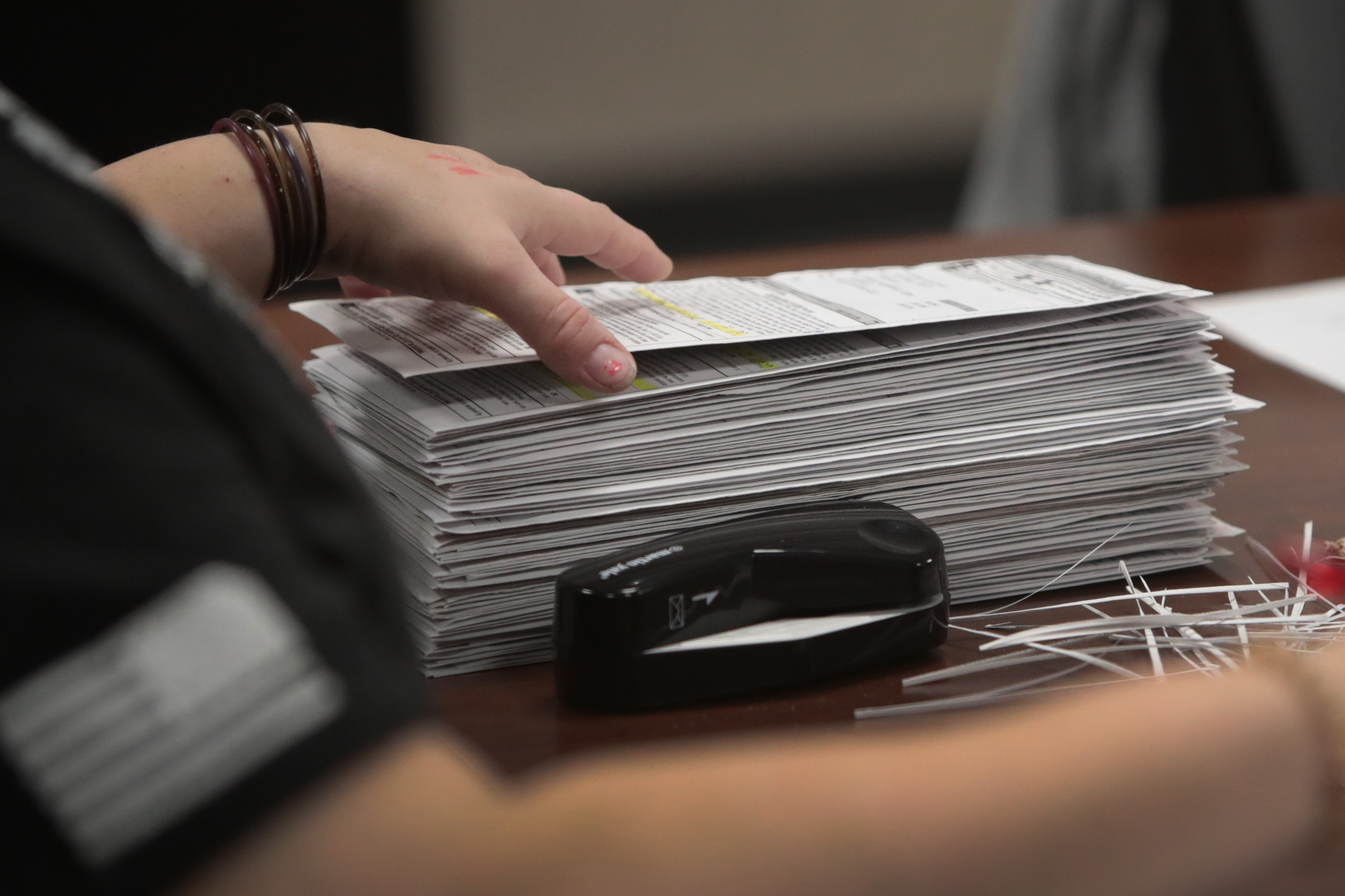 威州選舉數據庫天價下載費 舞弊疑點多多
