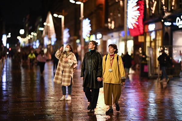组图:苏格兰宣布20日升至第四级疫情警报