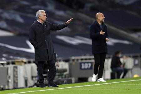 主帅穆里尼奥(Jose Mourinho)与瓜迪奥拉