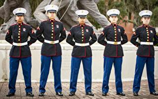 五姐妹同日完成海军陆战队军训 实现爱国理想