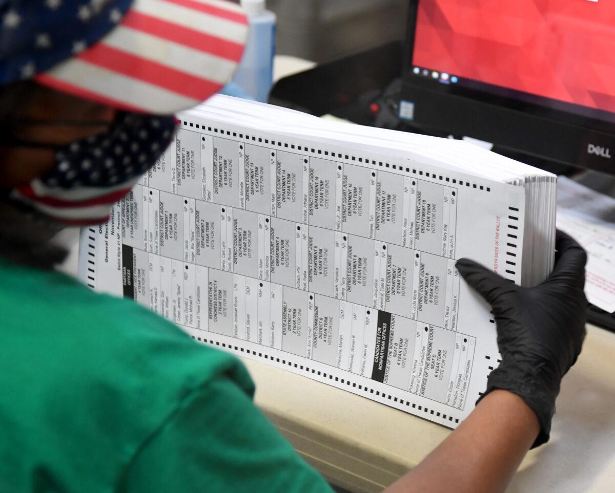 媒體人:民主黨明知郵寄選票舞弊多 卻故意推行