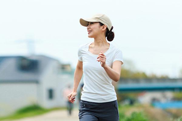 走路,是一种人人能做,完全无副作用的运动。(Shutterstock)