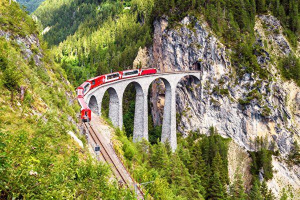 组图:欧洲美丽壮观的火车之旅(二)