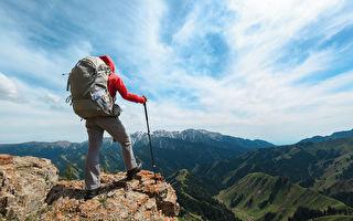 前台大醫院醫師李豐罹癌後,每個週末堅持爬山。示意圖。(Shutterstock)
