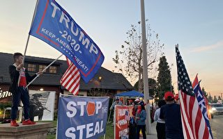 """""""不分党派守护自由""""加州民主党人支持川普"""