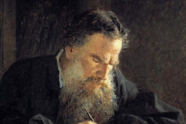 俄国文豪托尔斯泰在文学中追求的真理是什么