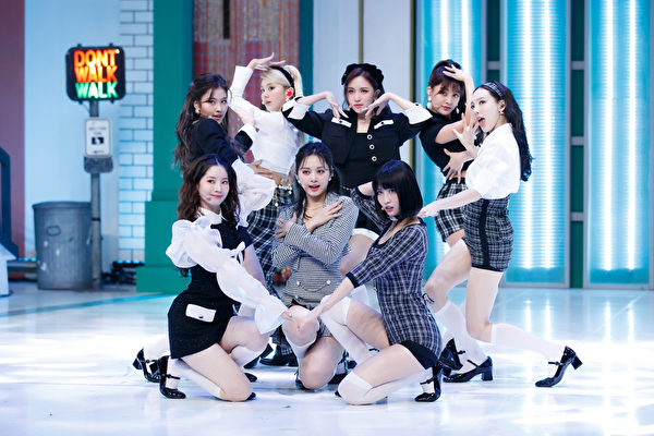 [新聞] TWICE日韓專輯累計銷量破千萬張韓女團首例