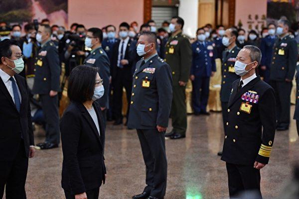 出席將官晉任典禮 蔡英文晉升5中將25少將