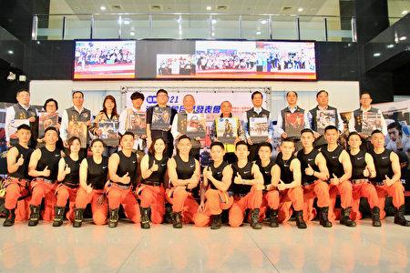 徐耀昌藉消防形象宣导消防安全。