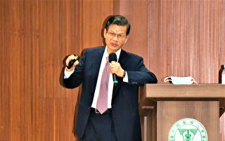 翁啟惠中國醫大演講 分享研究與癌疫苗可期