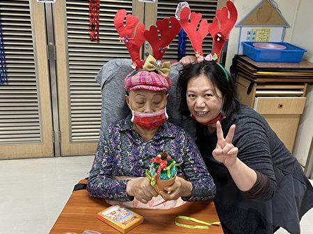 卫福部桃园医院附设护理之家准备度过这一个温馨欢快的节日。