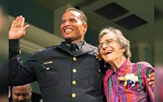 美国警察局长分享自己被收养故事 鼓励他人