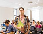 如何為青少年上大學第一天做準備