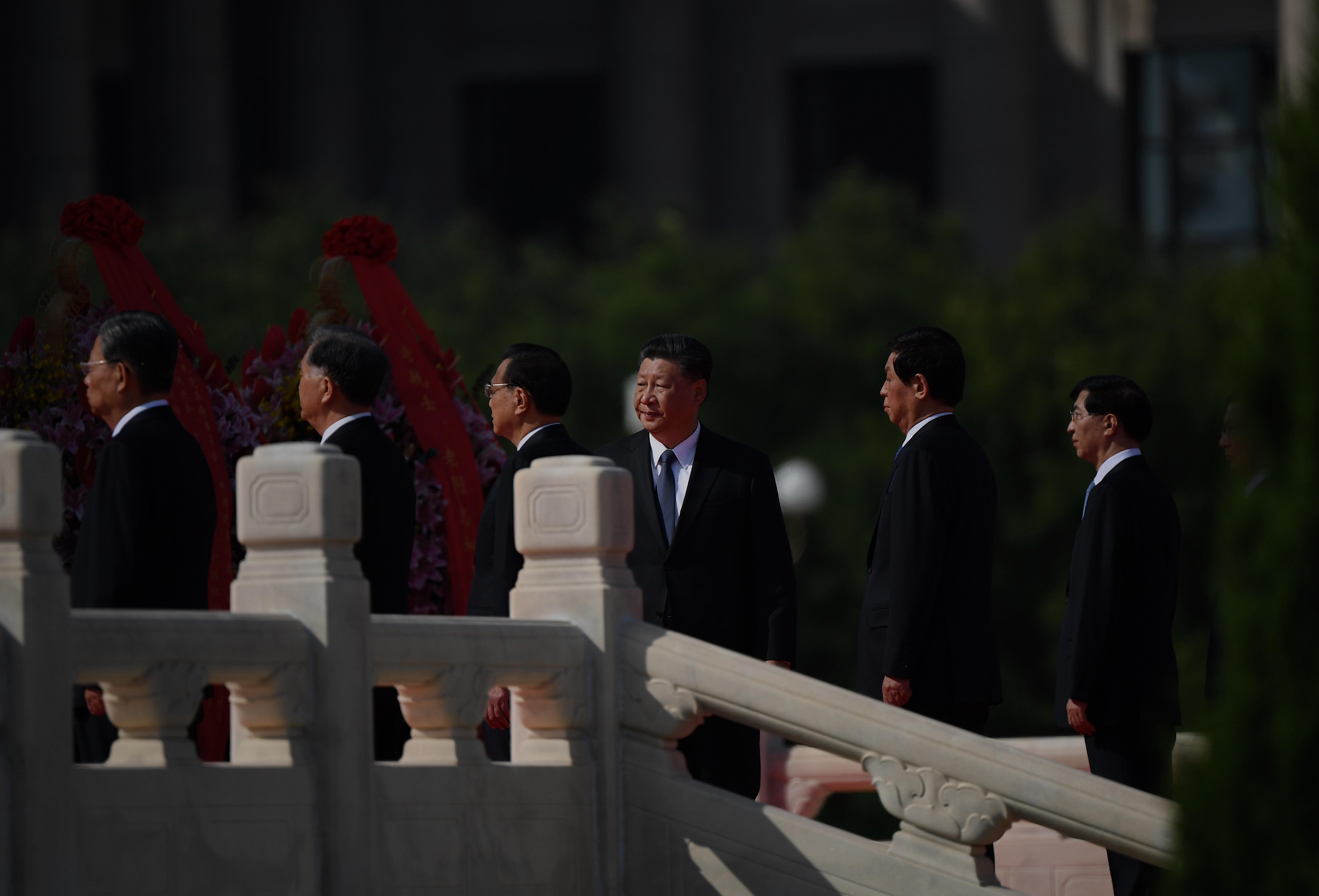 鍾原:中共政治局常委忽然再開會的蹊蹺