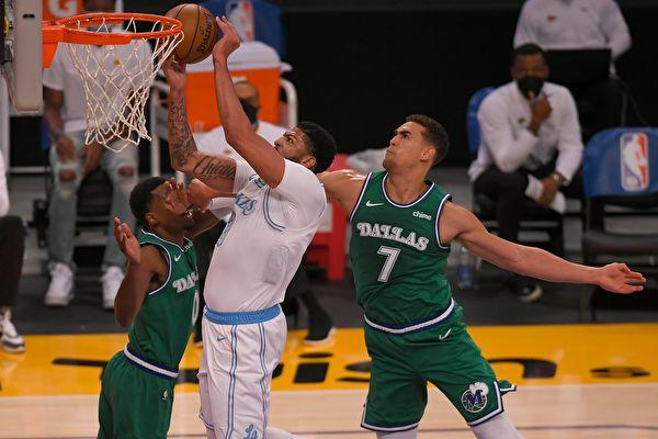 NBA:湖人獲新賽季首勝 快船創尷尬紀錄