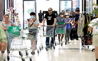 悉尼疫情升温再现抢购潮 超市重启厕纸限购