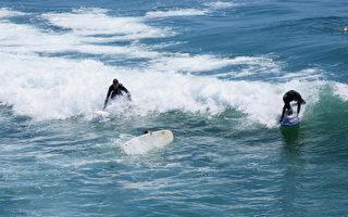 洛縣海灘發布大浪警報