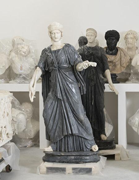 大理石雕像