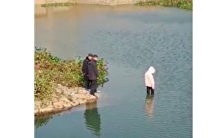 众警察目视女孩溺亡视频曝光 引起网民激愤
