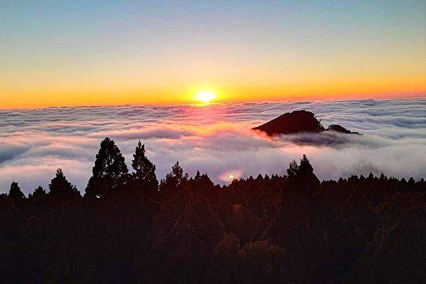 【視頻】美麗阿里山 看夕照彩霞雲海迎新年