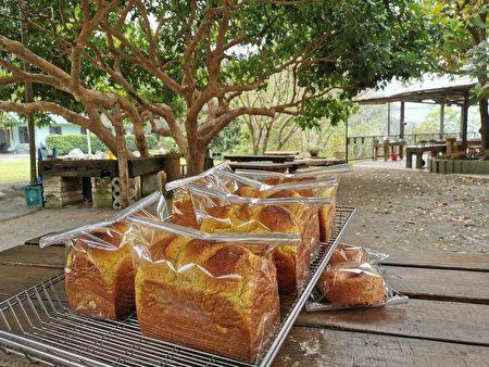 """""""阿成的家""""的手工面包很抢手,令人食指大动。"""