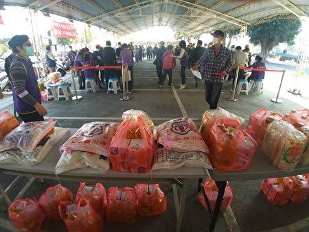 溪州鄉公所冬令救濟物資。