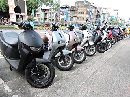 内坜火车站专用停车区。