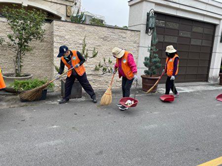 期盼透过每周的清扫活动,唤醒更多市民群起效尤,共同维护美丽市容。