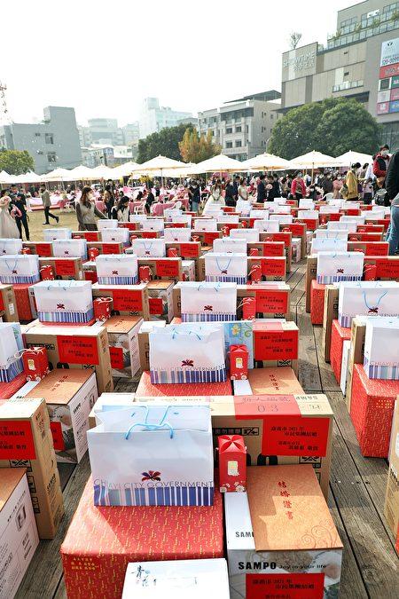 新人响应市府集团结婚,皆可获得市府、议会和各界赠送的精美礼品。
