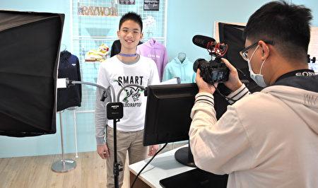 林口國小5年級徐志勳第一次上網紅課,興奮期待成為一個知名網紅。