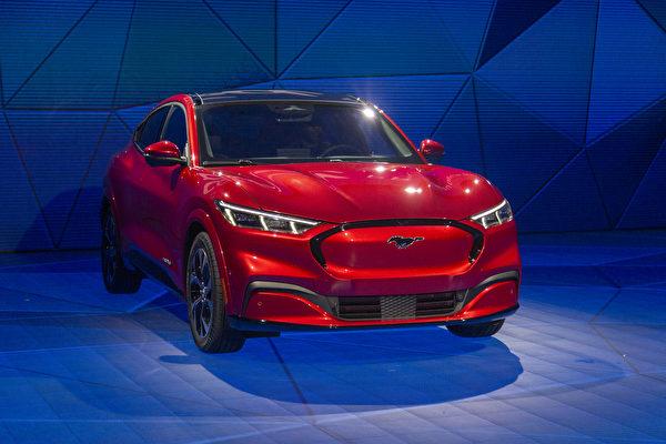 福特和现代赢得北美年度最佳车辆称号