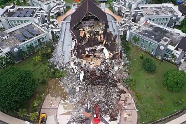 组图:印尼苏拉威西岛强震 已致84人死亡
