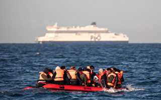 去年8,400人偷渡英吉利海峽