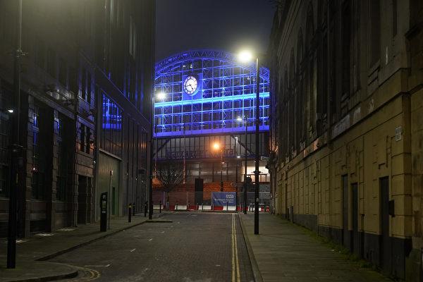 组图:英国疫情延烧 伦敦跨年夜冷清