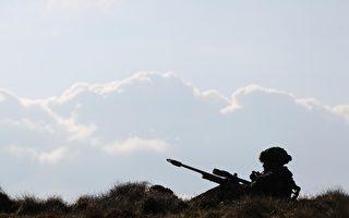 英军超级狙击手 一枪歼灭5名IS分子