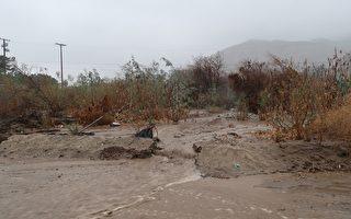 南加具破坏力暴风雨来袭 或有山崩危险