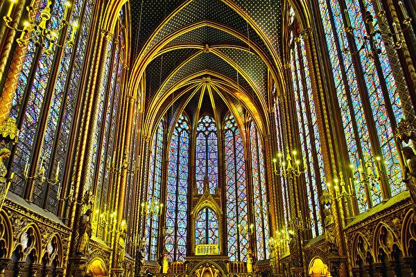 组图:巴黎圣礼拜堂 最精美的哥特式建筑