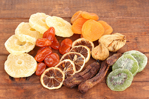 水果乾用來養生、作為中藥材使用,能夠比水果發揮更大的威力。(Shutterstock)