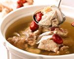 不需要高深厨艺 善用锅具你也是煲汤高手