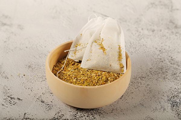 2步自製「避瘟香囊」,幫助增強身體的免疫力,避免瘟疫侵襲。(Shutterstock)