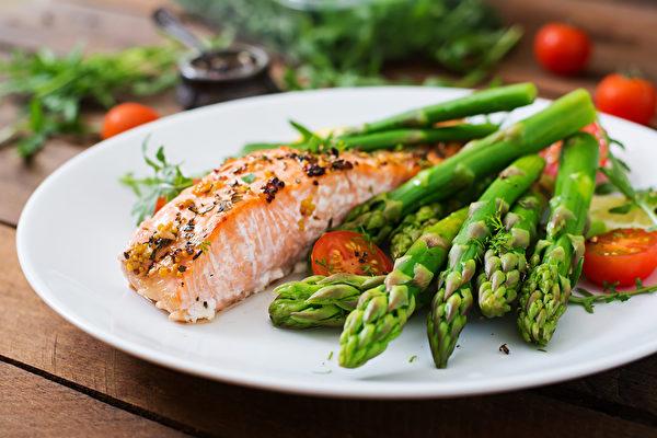 5種食物加地中海飲食可清血液、護血管,預防動脈硬化。(Shutterstock)