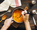 这4种蔬菜泥也可当配菜 热量比土豆泥低