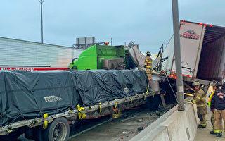 德州高速公路百辆车连环撞 逾5死数十人伤