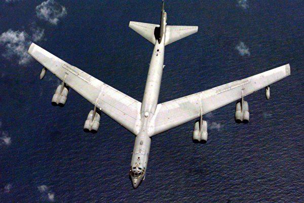 可飞行百年 B-52为何对敌手造成强大心理压力