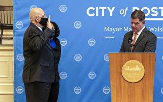 波士顿警察局长退休 新局长怀特就职