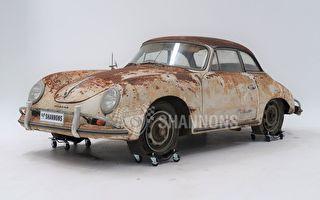 銹迹斑斑 澳50年代古典保时捷拍出23万高价