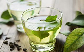 单宁酸可抑制新冠病毒活性,可喝绿茶摄取单宁酸。(Shutterstock)